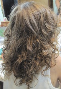 Gorgeous, big curls.